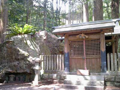 神明神社(高津気)