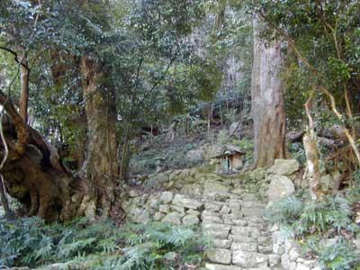 峯の矢倉神社